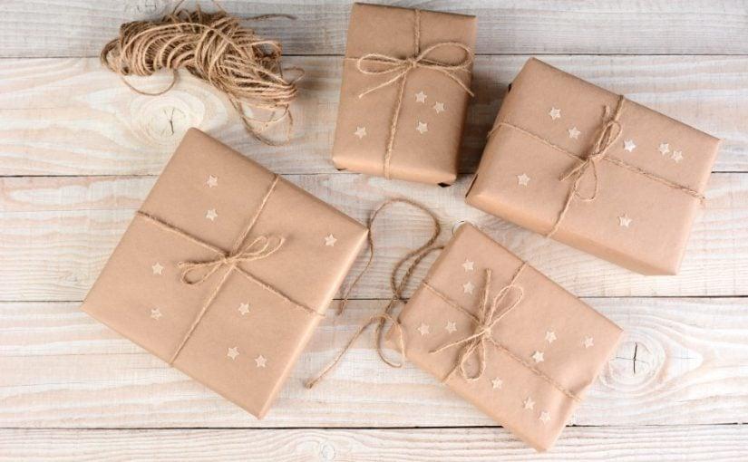 En neutral indpakning kan sagtens anvendes til gaven til svigermor